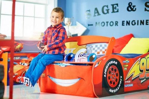 Kleinkinderbett Cars Lightning McQueen aus Disney Cars