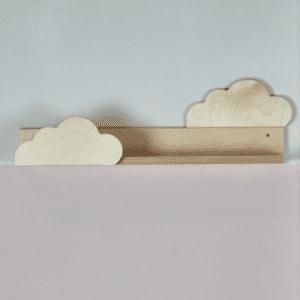 Regal Kleine Wolken