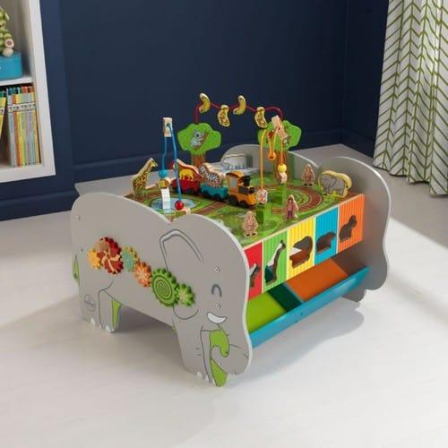 Spieltisch Elefant in der kinderspielewelt.ch Unterhaltung garantiert